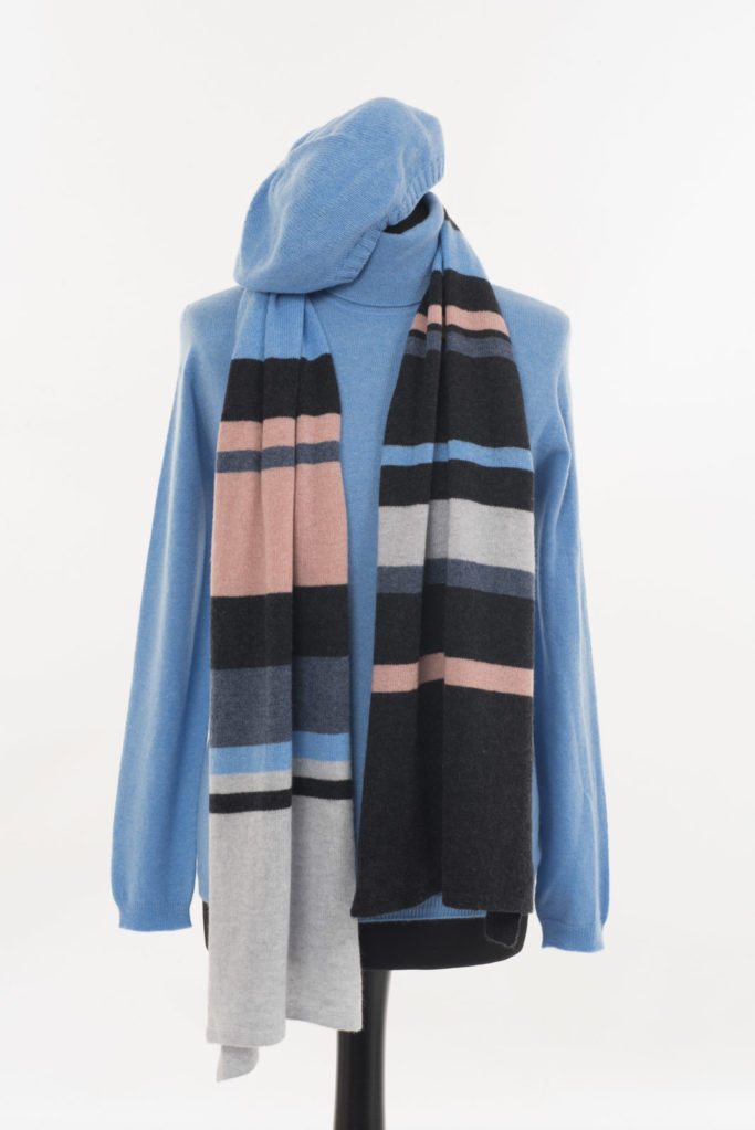 Lucan Scarf – Blue/Champagne Pink
